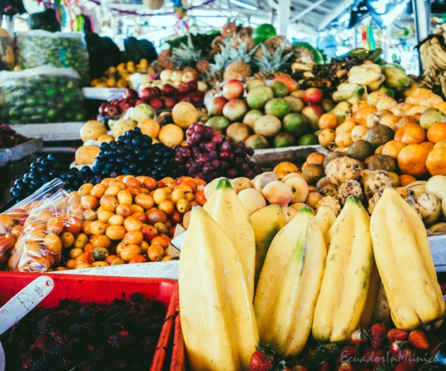 fruit-and-vegetebale-market-in-ecuador-9