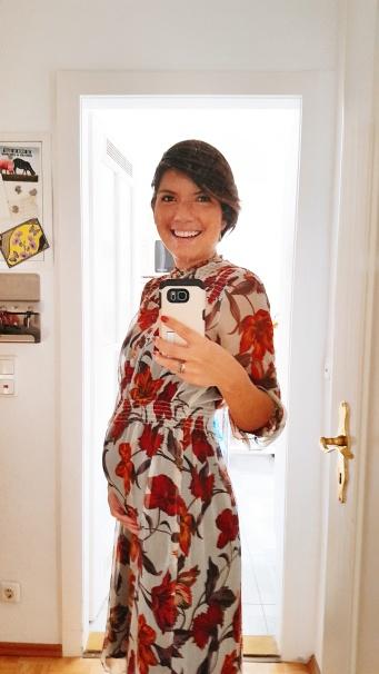 First birthday pregnant